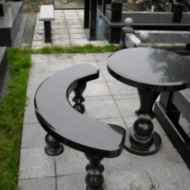 tables and benches 2